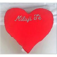 Červené srdce s výšivkou Miluji tě